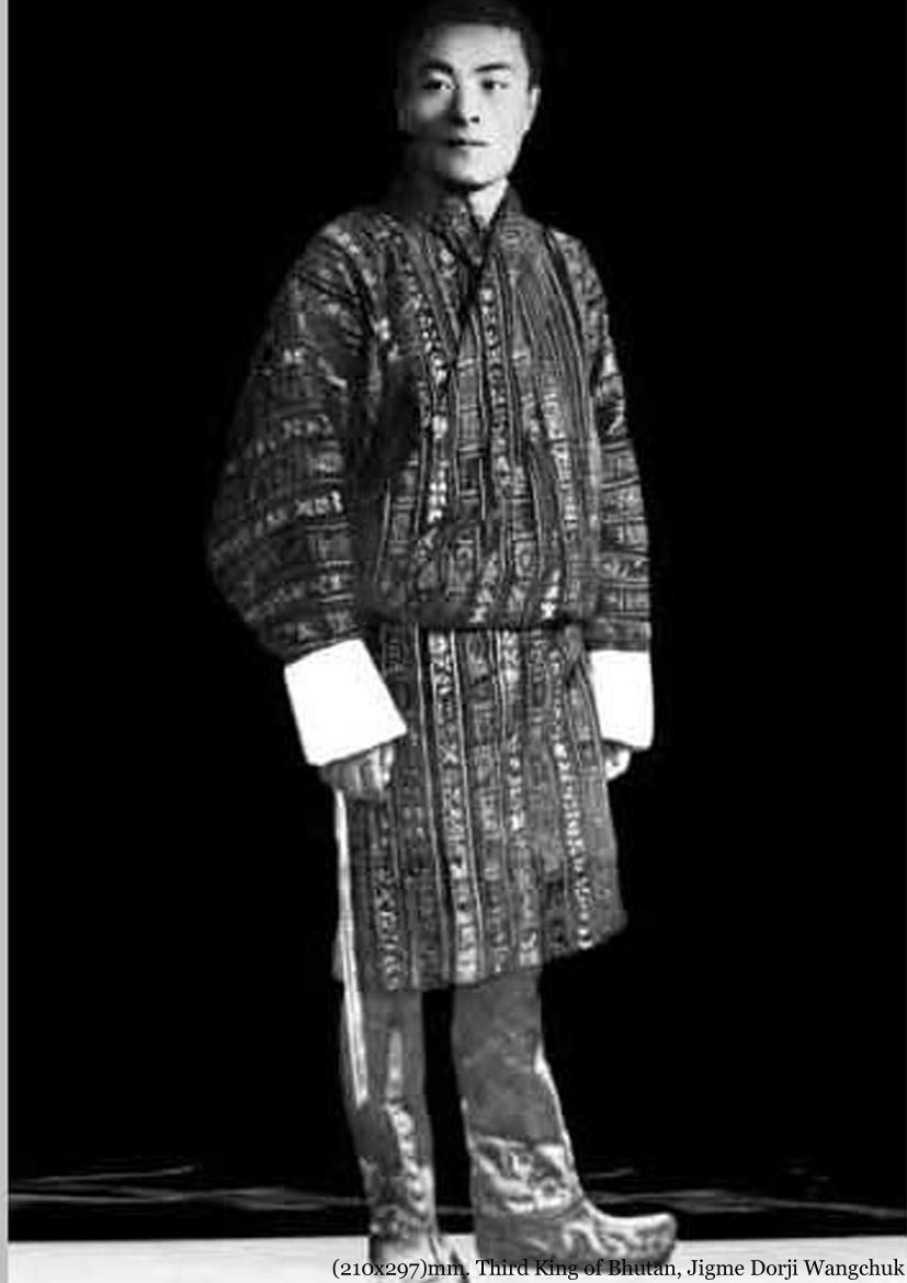 third king jigme dorji wangchcuk Granted a salute of 15-guns, 27th december 1903 (made permanent, 3rd june  1911)  rcvd: king jigme singye wangchuck coron medal 1st class (261974), .