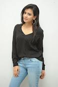 Hebah Patel glam pics in black top-thumbnail-11