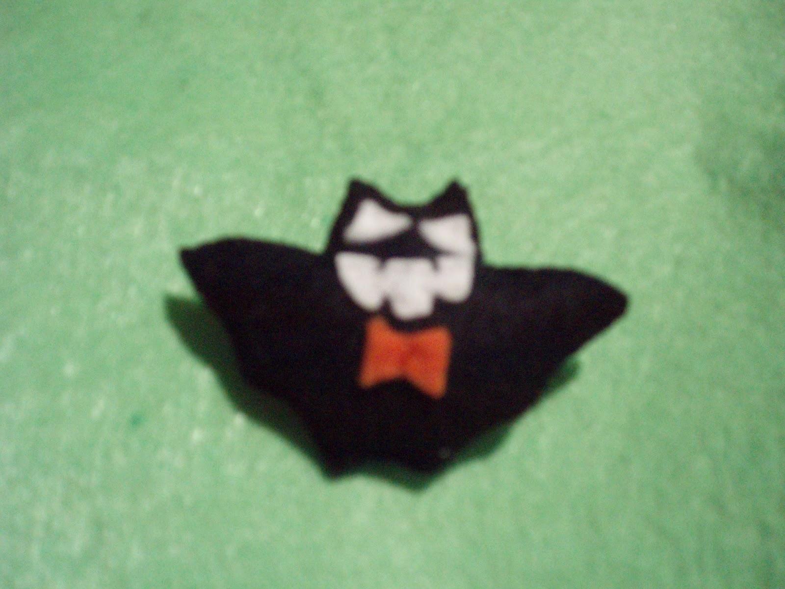 Manualidades alexia broche murcielago halloween - Murcielago halloween ...