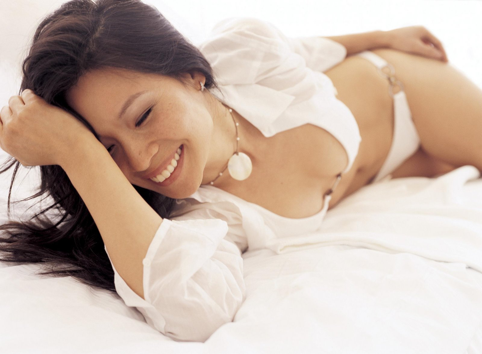 http://3.bp.blogspot.com/-iVHoIQtBH3M/UQ1IFJIr9sI/AAAAAAAAApA/YUYkHs96WIA/s1600/Asian+-+Lucy+Liu+01.jpg