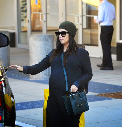 shortly: Kourtney Kardashian's baby is coming soon! | The family is very excited