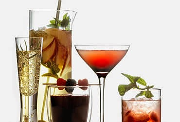 La crudota tipos de vasos y copas que debes usar en tus for Copas y vasos para bar