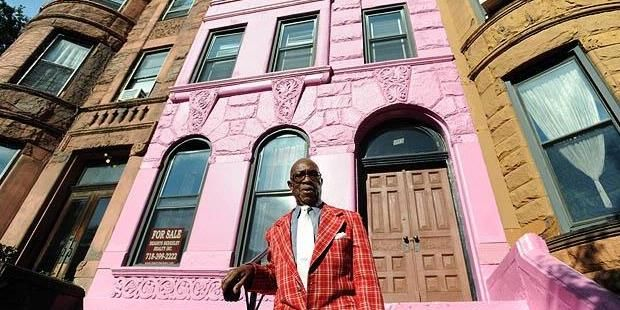 Rumah Pink Ini Terjual Seharga Rp 19 Miliar! [ www.BlogApaAja.com ]