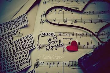"""""""Sem a música a vida seria um erro..."""""""