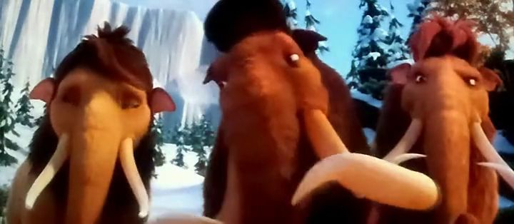 Screen Shot Of Ice Age 4 (2012) Dual Audio Movie 300MB small Size PC Movie