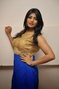 Actress Sowmya glam pics-thumbnail-10