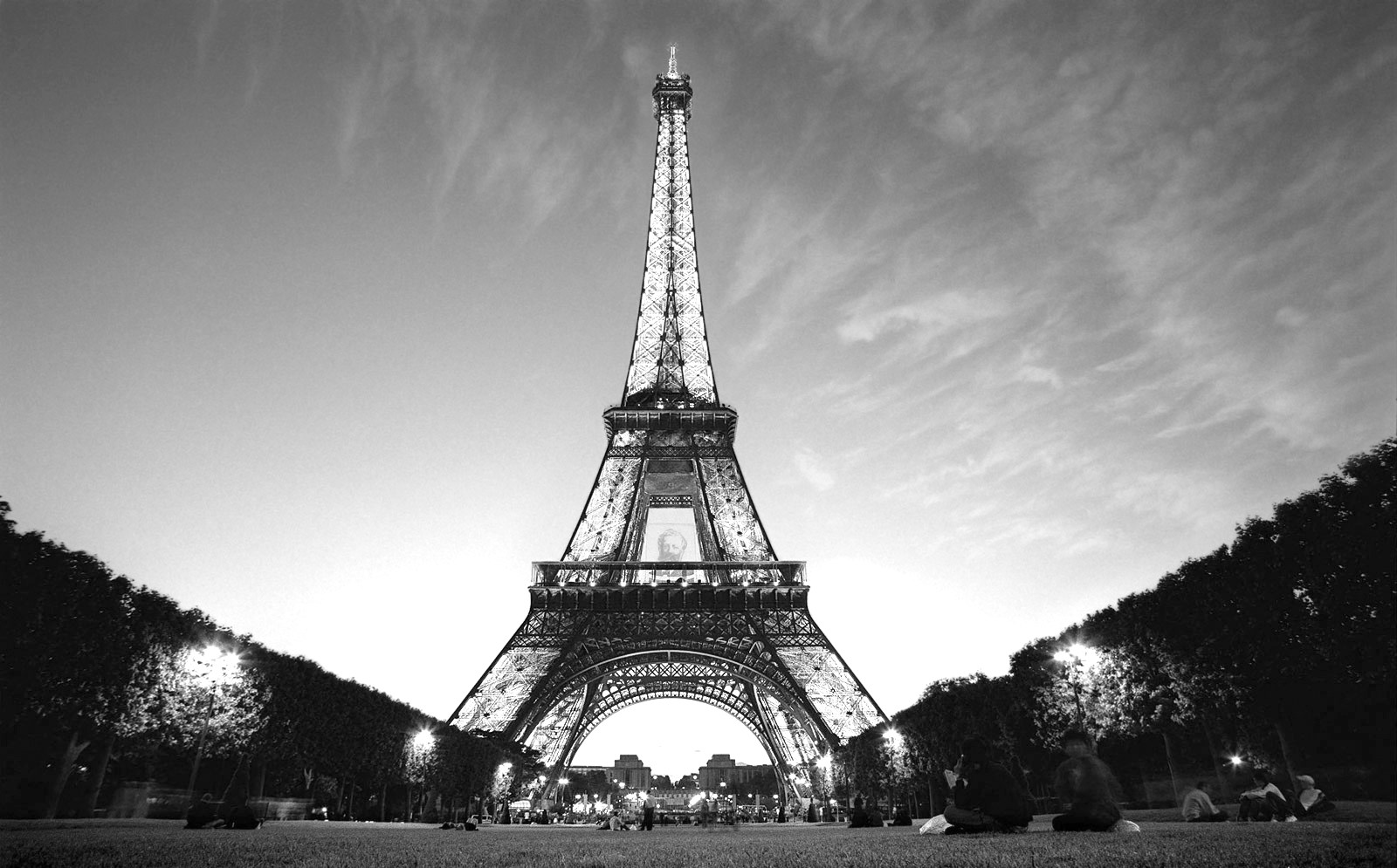 Paris black and white free download wallpaper for Eiffel tower mural black and white