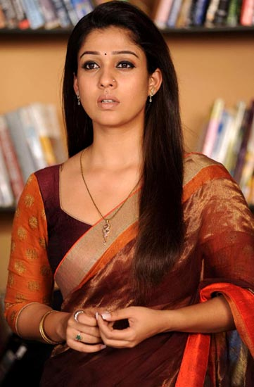 nayanatara saree pics in greekuveerudu movie3