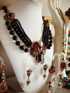 vintage stiilis ehted mdmButiik kaelakee kõrvarõngad kristallid