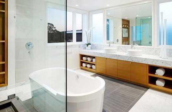 27 banheiros decorados  grandes e pequenos Confira!  Decor Alternativa -> Banheiros Grandes Modernos