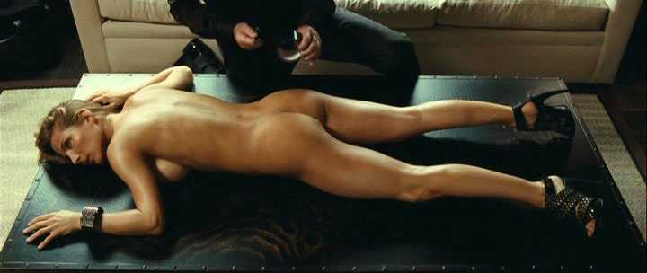 Elsa Pataky Hot Kiss Appearance Her Bootylicious Nude Body In The