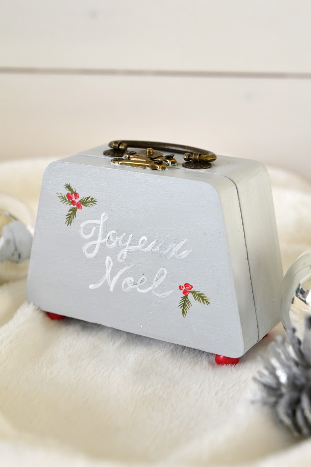 Tea Rose Home: Christmas Miniature Rooms Reveal and Little Thoughts ...