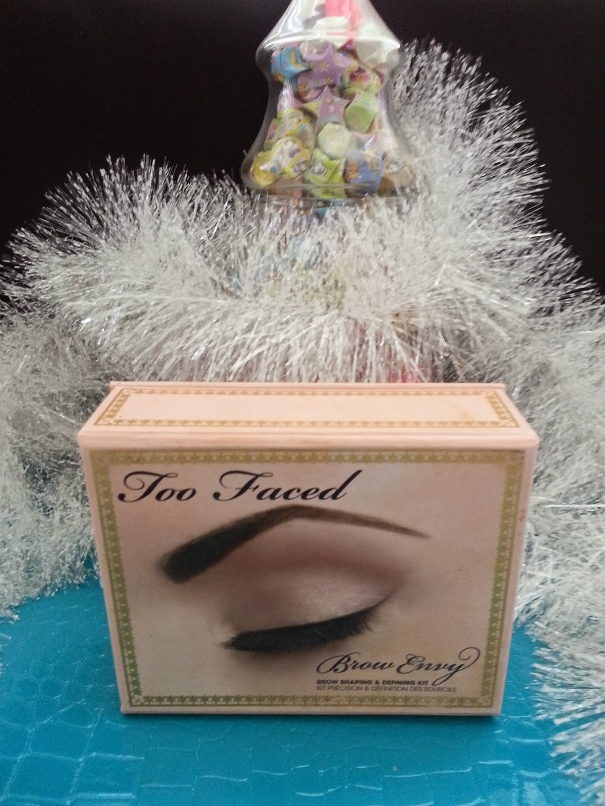 Too Faced brows kit