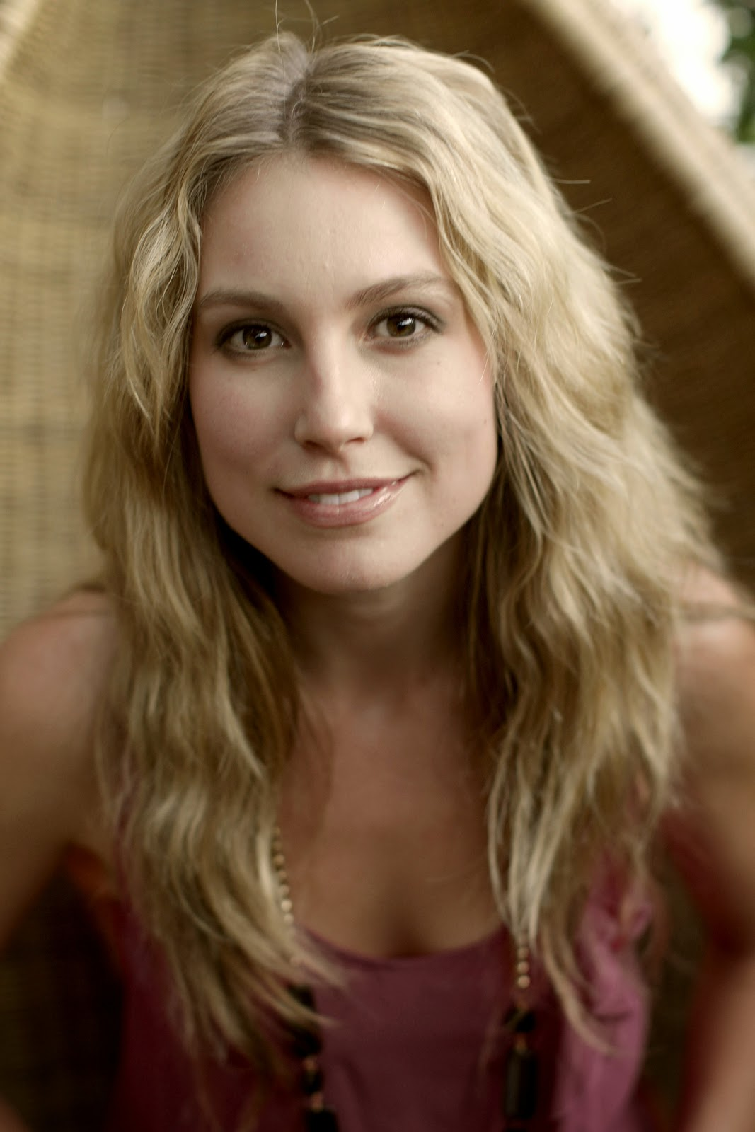 Twitter Account: Sarah Carter