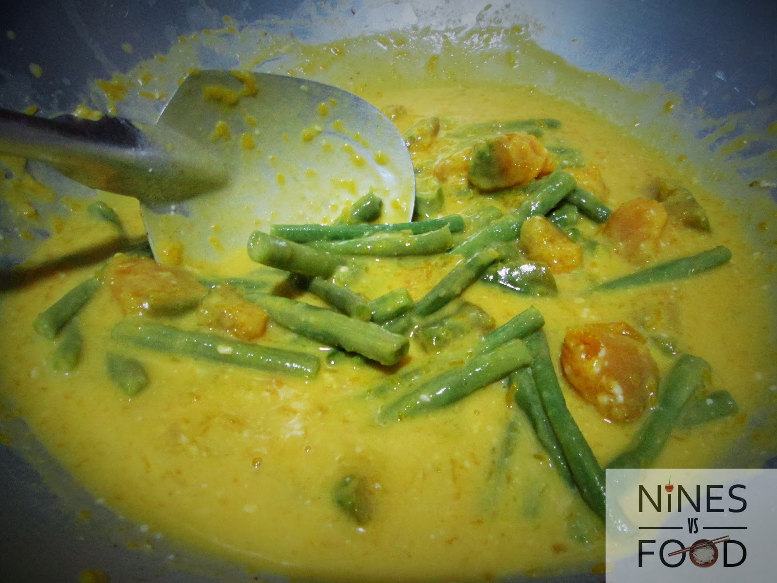 Nines vs. Food - How To Make Ginataang Gulay with Pig Ears-10.jpg