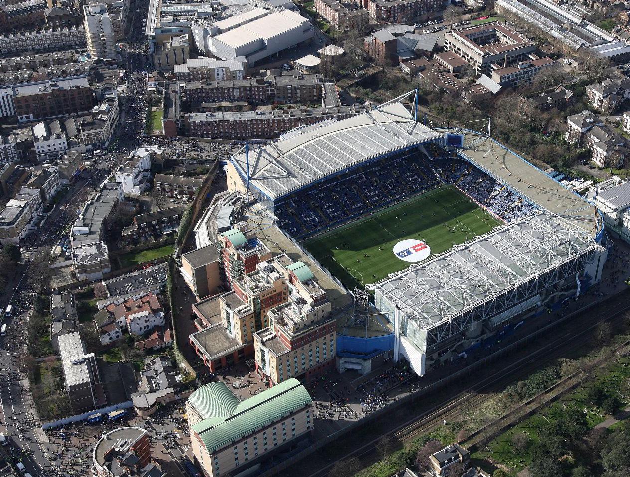 http://3.bp.blogspot.com/-iWrnXtbOlkk/TkDTERoU3EI/AAAAAAAAAAY/MKHPLeAEzM4/s1600/Stamford+Bridge+Stadium+Chelsea+Fc.jpg