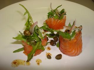 rollito de salmón ahumado