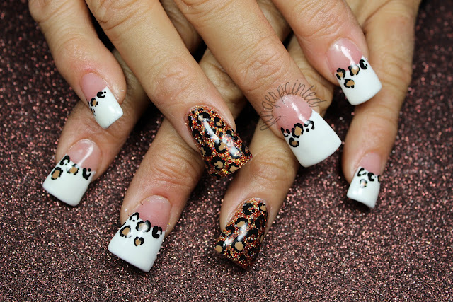 Cheetah acrylic nails