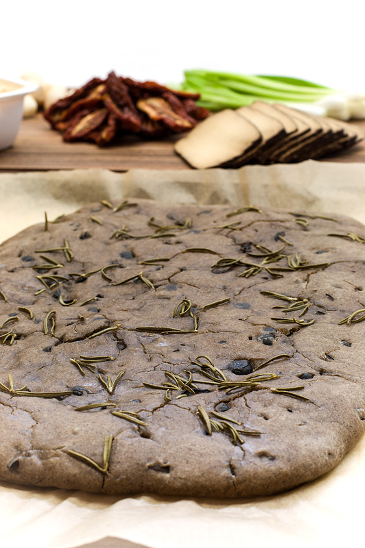 Focaccia witg olives and rosemary front