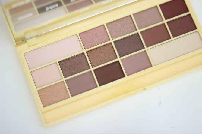 Eye shadows from I ♥ Makeup Naked Chocolate palette