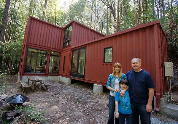 A shipping container costs about 2 000 what these 15 people did with that is beyond epic - Homes made from shipping containers cost ...