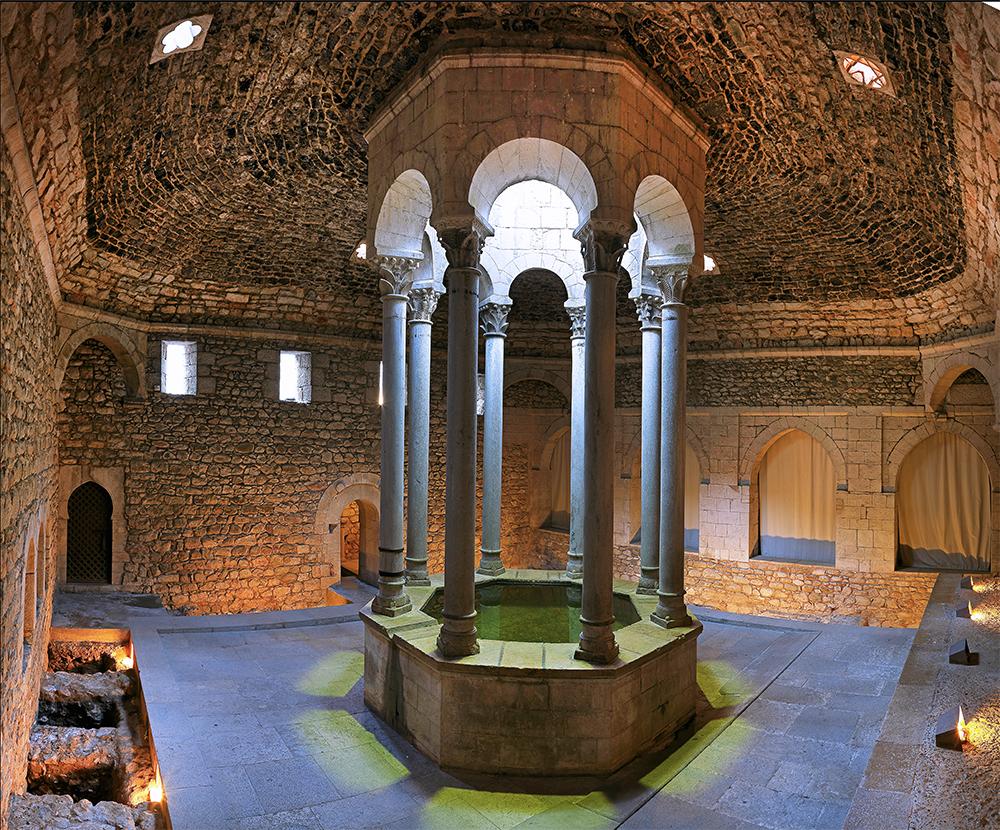 Baños Romanos Girona:Girona Spain Arab Baths