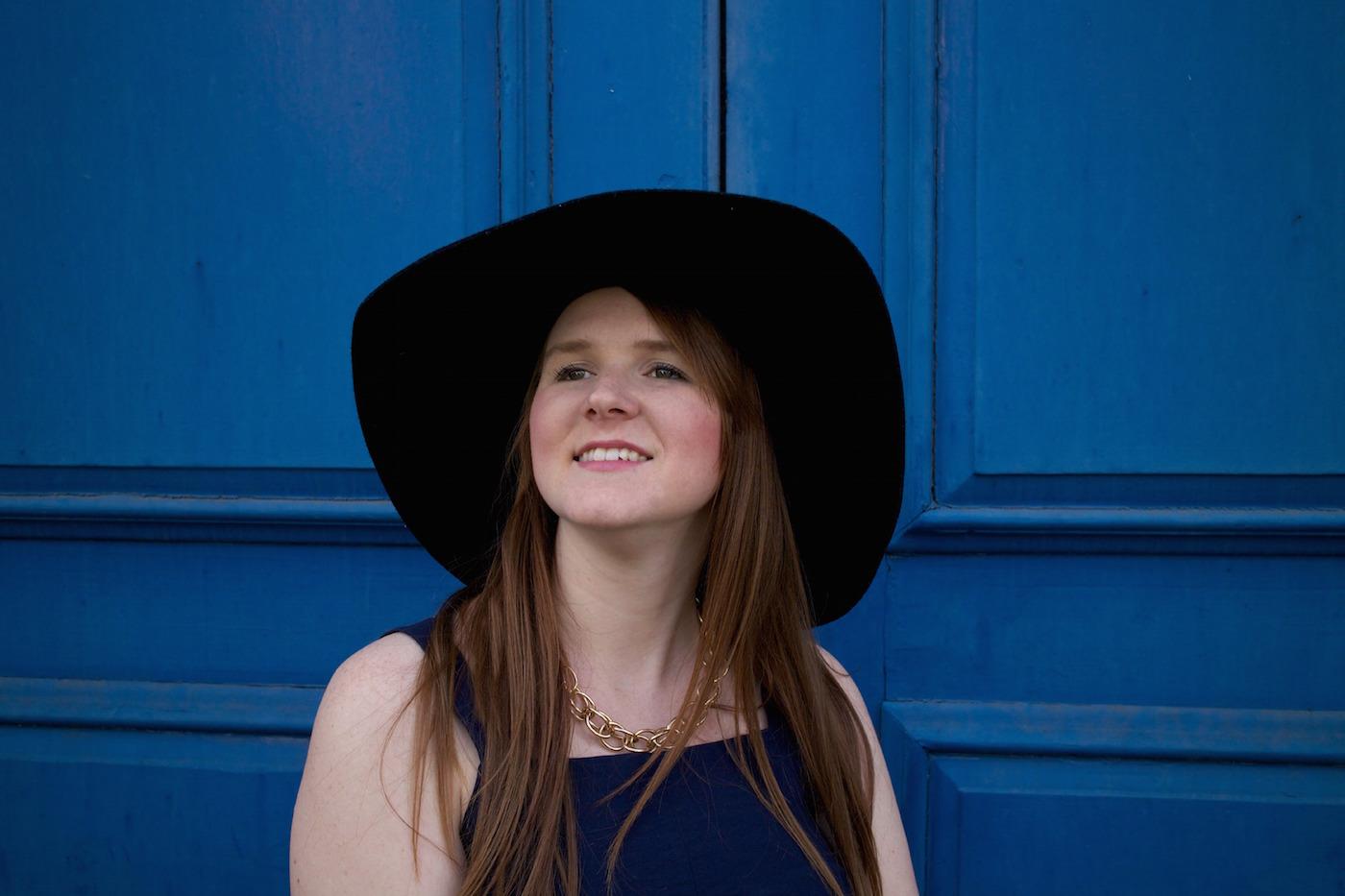 floppy hat london blogger style pretty posh oh my gosh