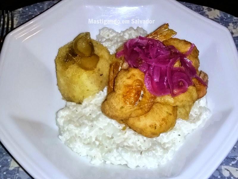 Aldrava - Cozinha de Raiz: Escabeche de Camarões com Arroz Cremoso de Leite de Castanhas e Pudim de Gengibre