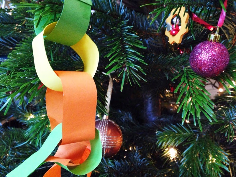 Homemade paperchain decoration on tree