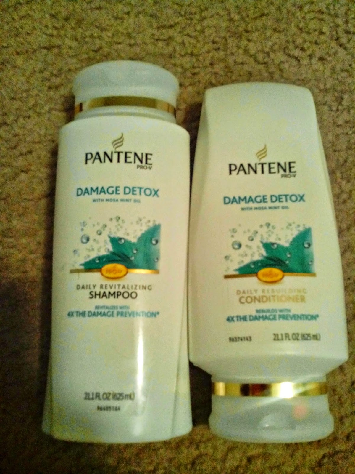 Pantene Damage Detox Revitalizing Shampoo, Pantene Damage Detox Rebuilding Conditioner, review, first impression