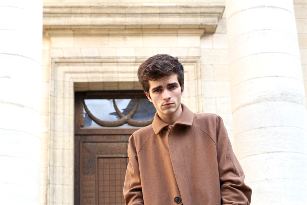 BLOG-MODE-HOMME_Esprit_imperfect_manton-long-tabac-laine-dandy-hiver-look-masculin-tendance-preppy