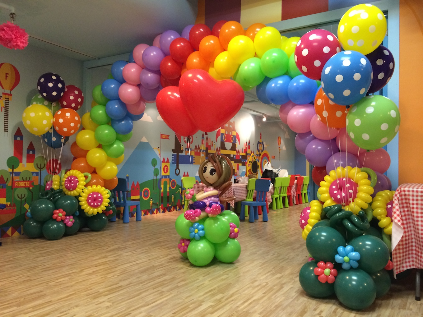 Birthday Party Organizer Balloon decorations in Delhi Balloon