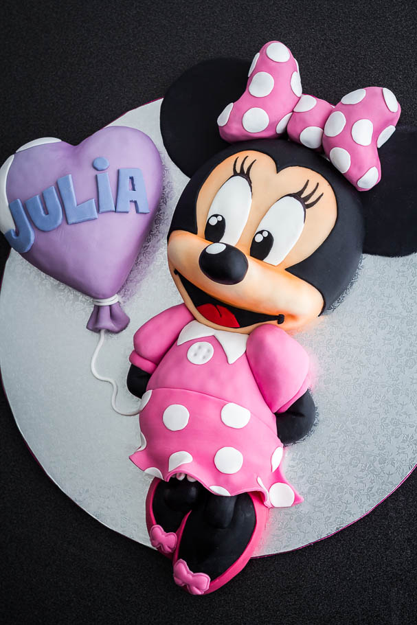 Tarta Minnie Mouse de fondant