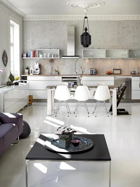 classic DSR Eames chair