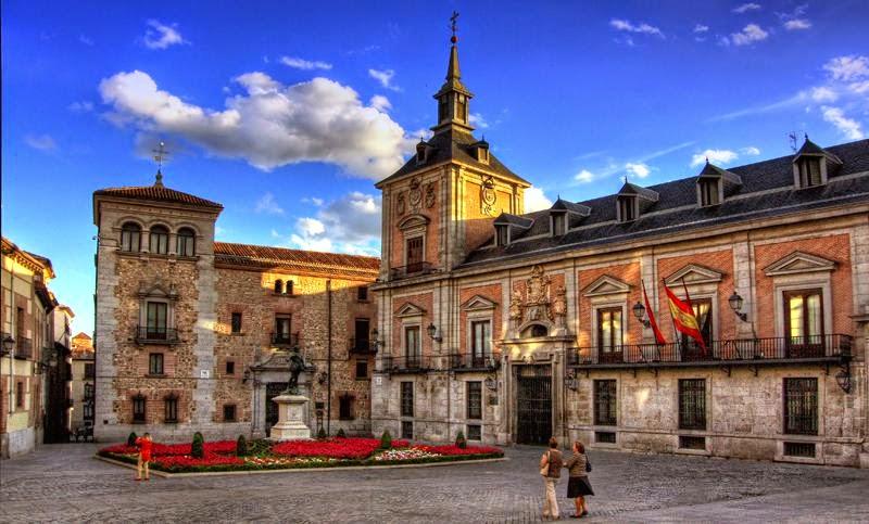 Resultado de imagen para casa de la villa madrid