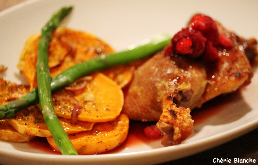 Ch rie blanche cuisses de canard confites sauce aux - Comment cuisiner des cuisses de canard fraiches ...
