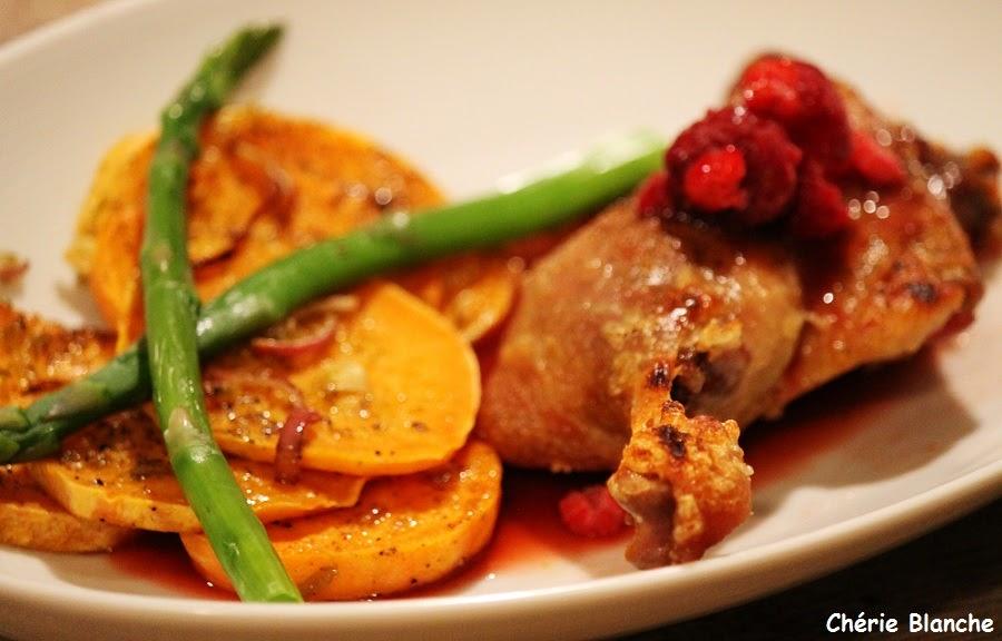 Ch rie blanche cuisses de canard confites sauce aux framboises patates douces r ties - Recette patate douce blanche ...