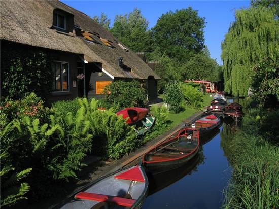 Raj na zemlji - Grad bez puteva Giethoorn+Village+001