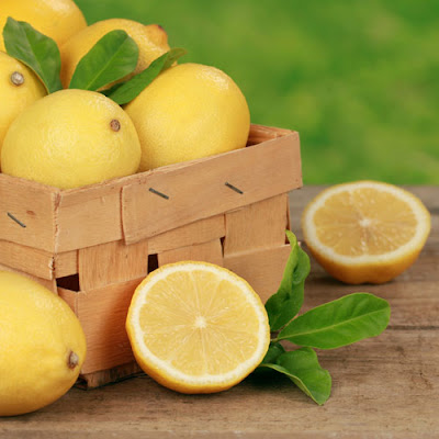 Learn how to eliminate toxins with sweet lemon