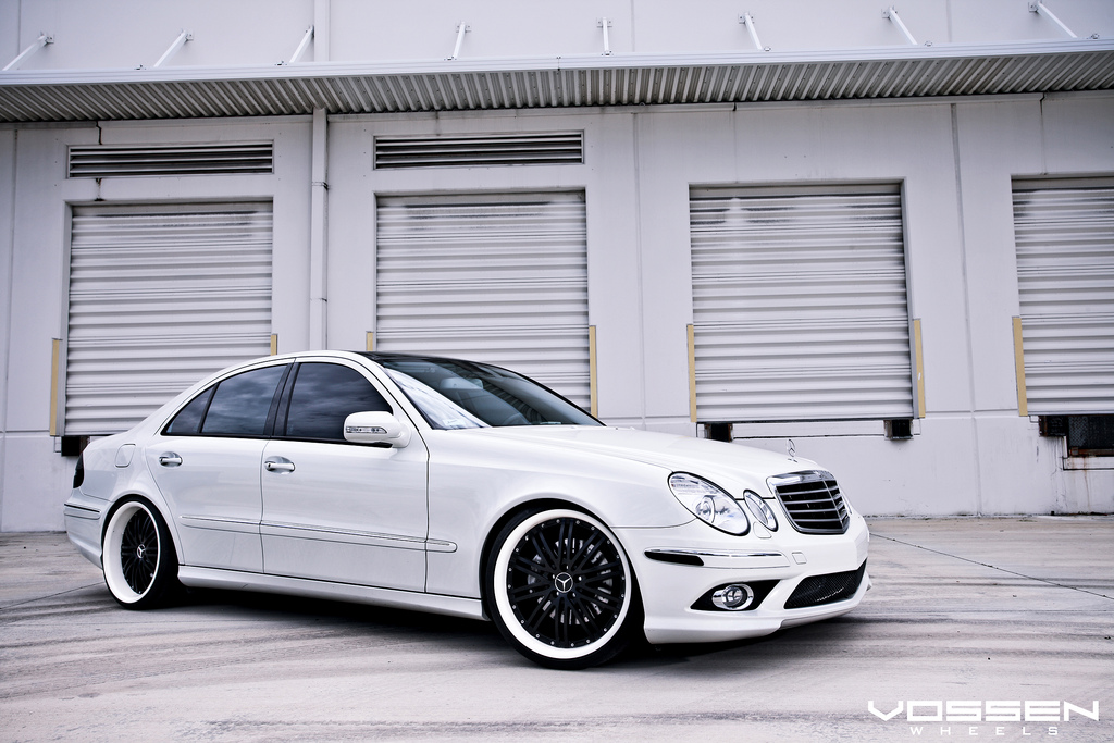 mercedes benz e class w211 white on vossen wheels benztuning