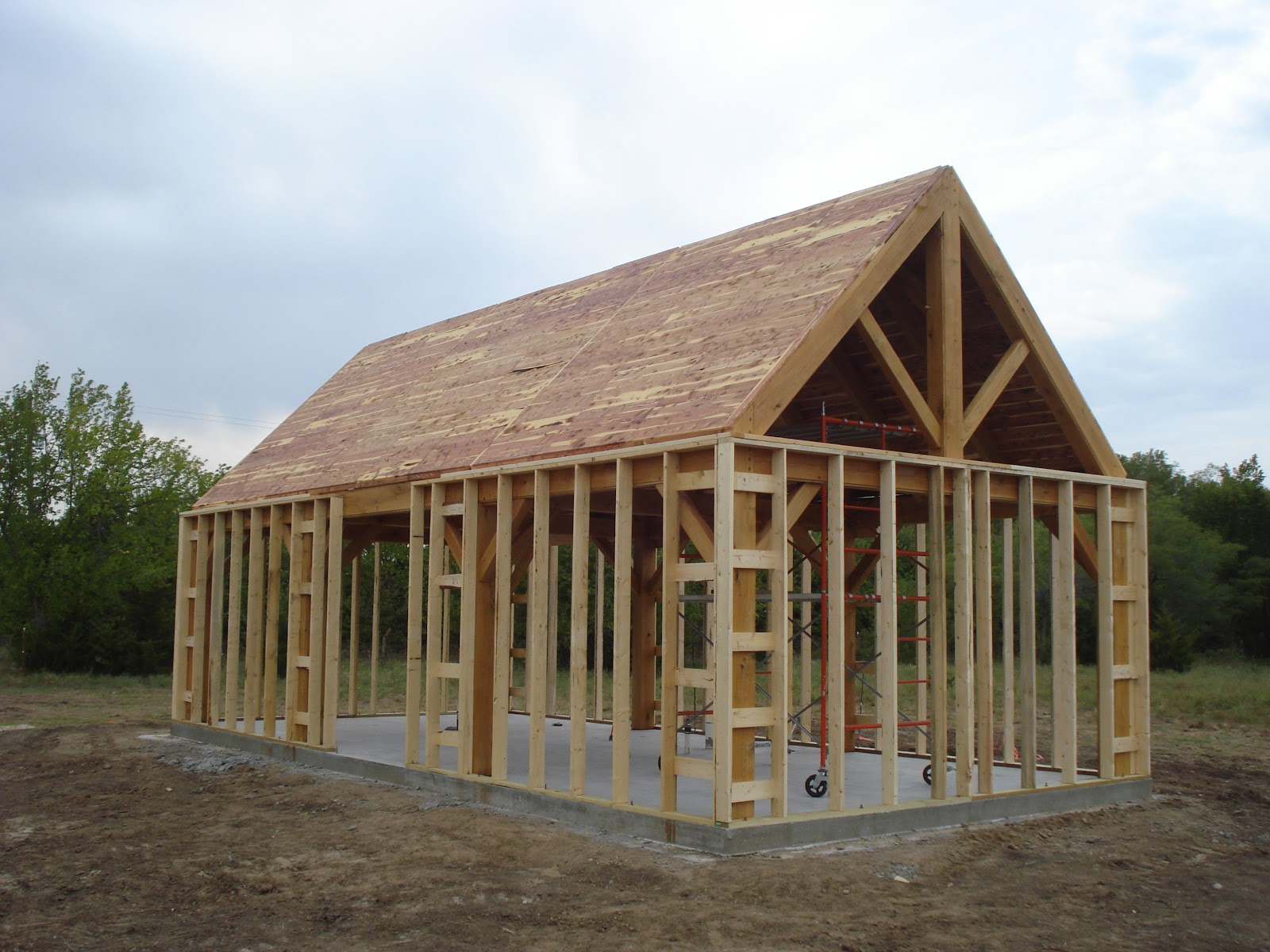 Elderslie cottage interior exterior wall and roof framing for Exterior framing