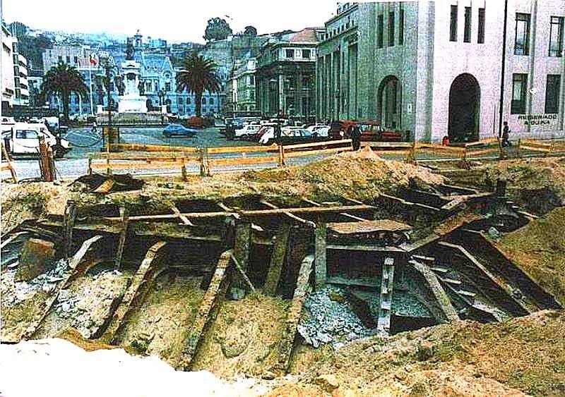 Vestigios del muelle Prat de Valparaíso
