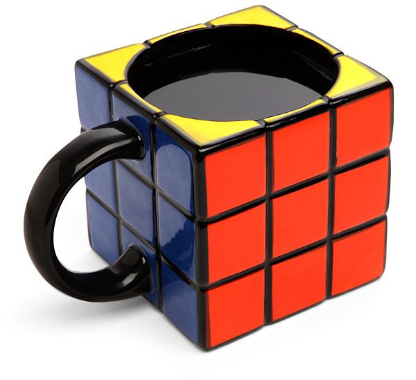 12 Designs de canecas super criativos Cubo mágico