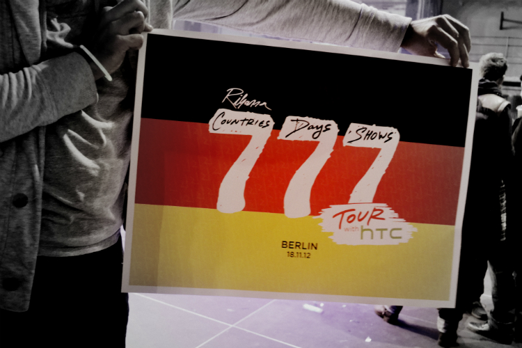 poster 777tour rihanna htc