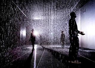 "<img src=""http://www.estoyenlondres.com"" alt=""Rain room - Barbican, Londres""/>"