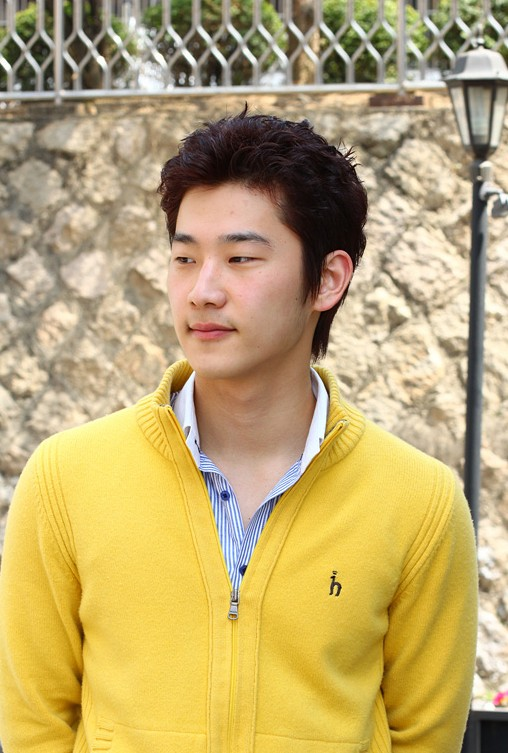 Awesome Fashion 2012: Awesome 20 Modern Korean Guys Hairstyles - Asian Hairstyles