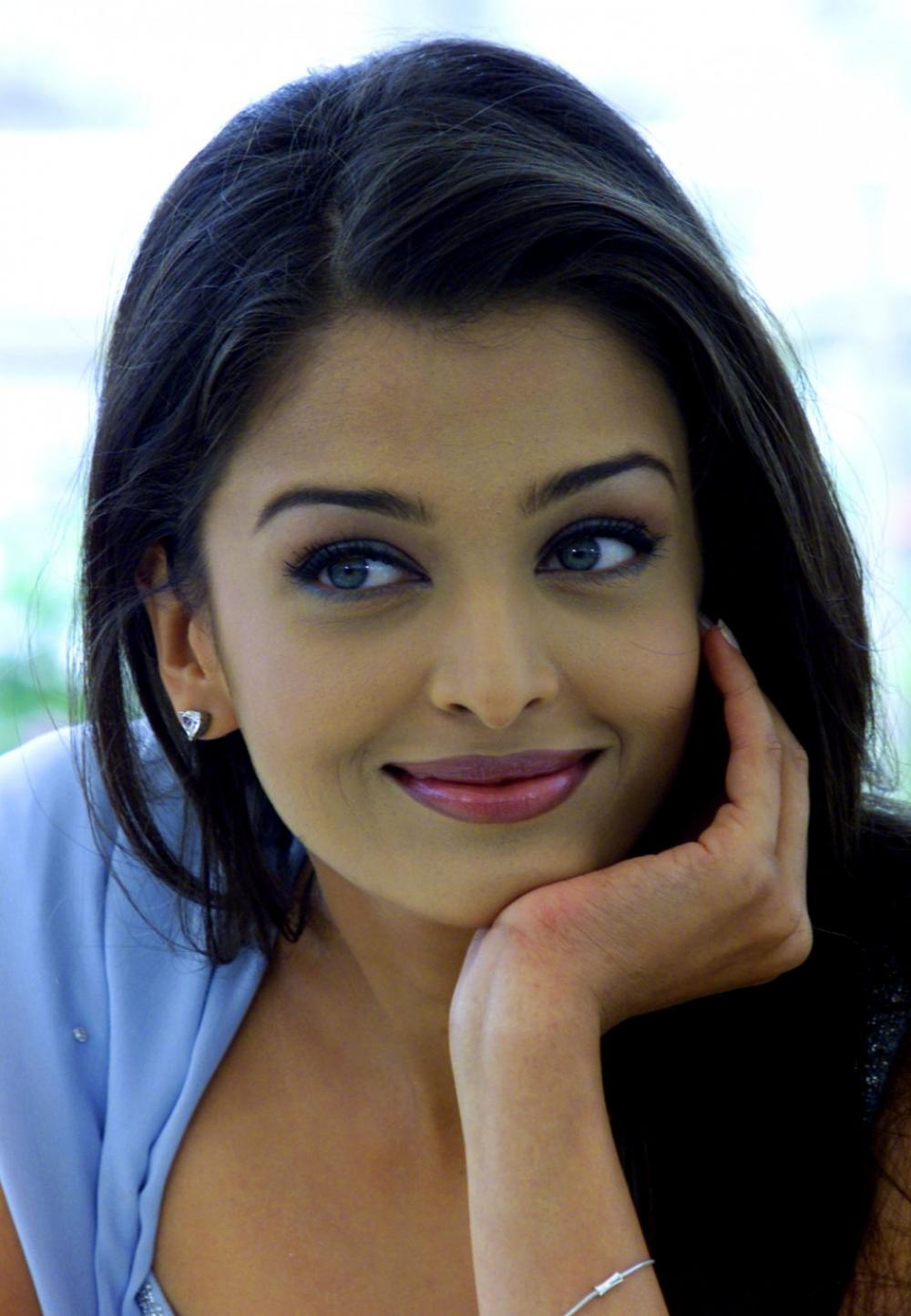 Aishwarya Rai Miss World India Hd Wallpapers Nephood