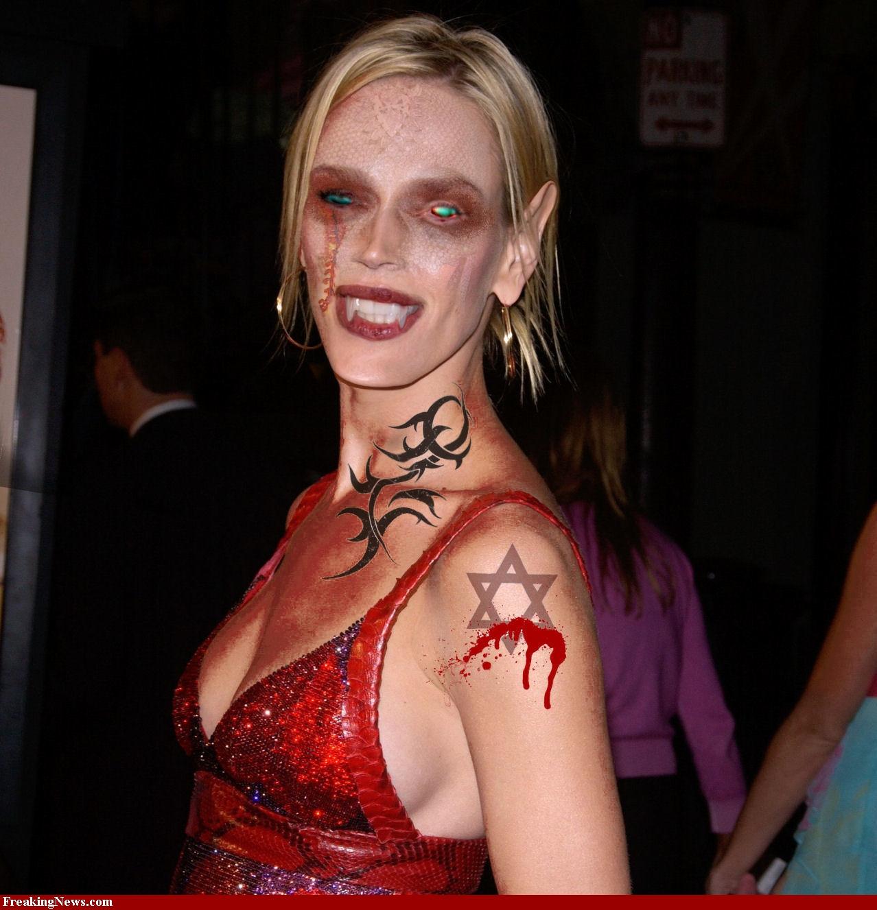 http://3.bp.blogspot.com/-i_h2uuJLZJg/Tw5ks1nGnyI/AAAAAAAACVo/0uSW6wEHwwE/s1600/Uma-Thurman-Halloween-33484.jpg