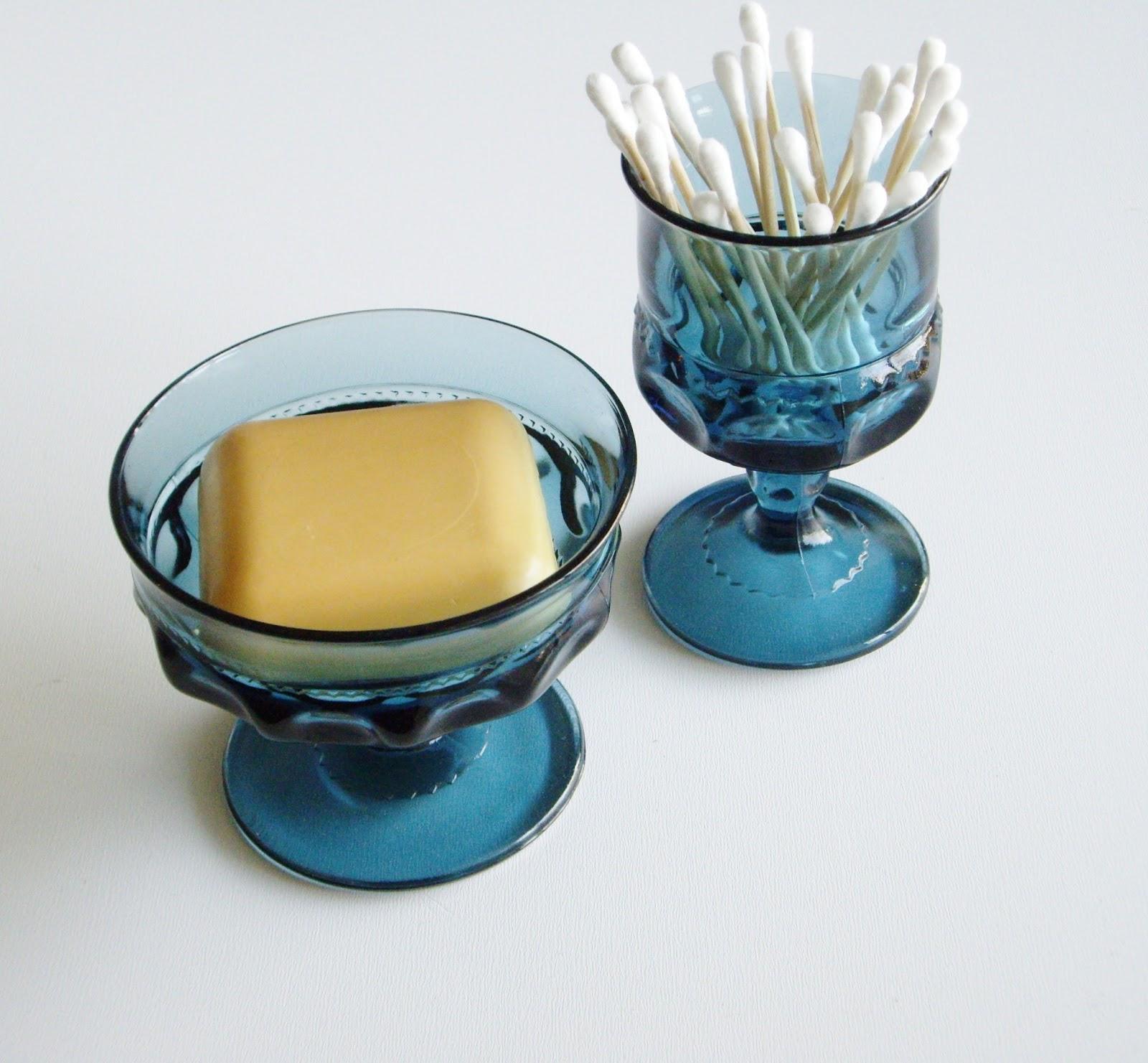 Vintagerous Vintage Glass