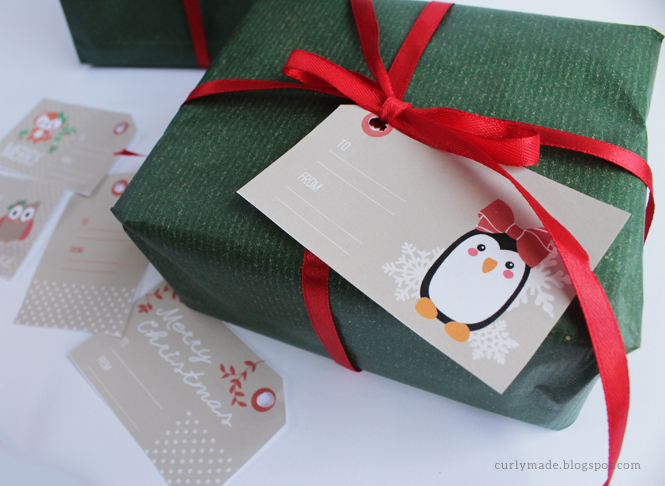 http://curlymade.blogspot.pt/2014/11/free-printable-christmas-tags.html